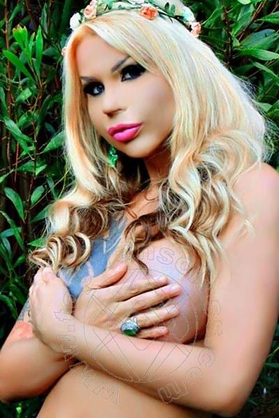 Sheylla Oliveira  VOGHERA 320 3413280