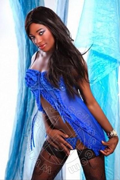 Naomi Ts  STOCCARDA 0049 15213298340